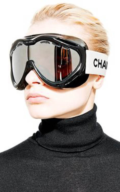 Chanel Sport Skibrille - Vintage Chanel Black Ski Goggles From What Goes Around Comes Around by Vintage Chanel for Preorder on Moda Operandi
