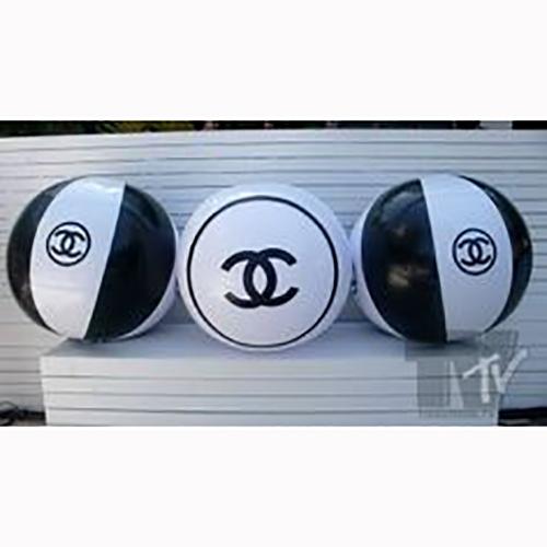 Chanel Wasserbälle