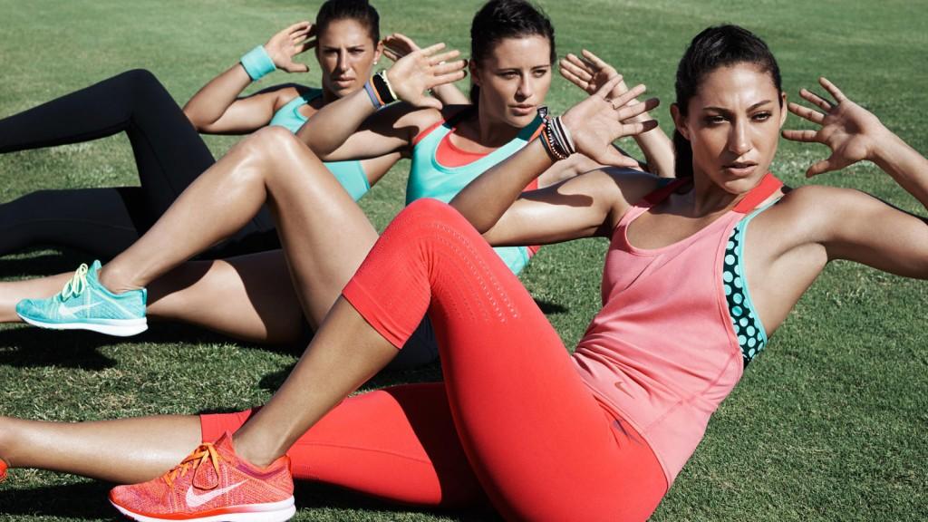Nike BETTER FOR IT - Women's race Series + N+TC Tour 2015