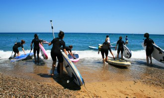 Let's go SUP! – Stand Up Paddling mit Roxy in Barcelona