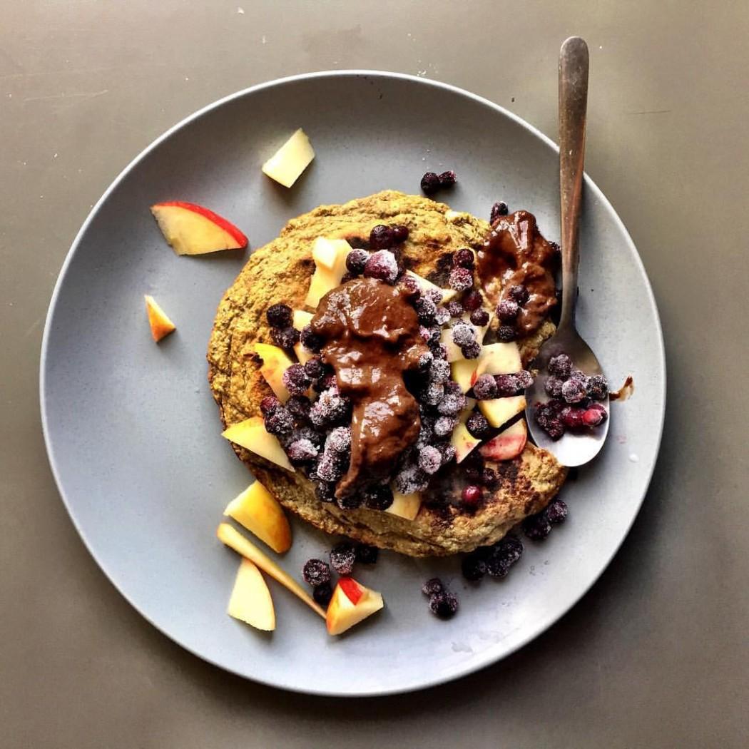 Vegane Low Carb Protein Pancakes - vegane Eiweisspfannkuchen