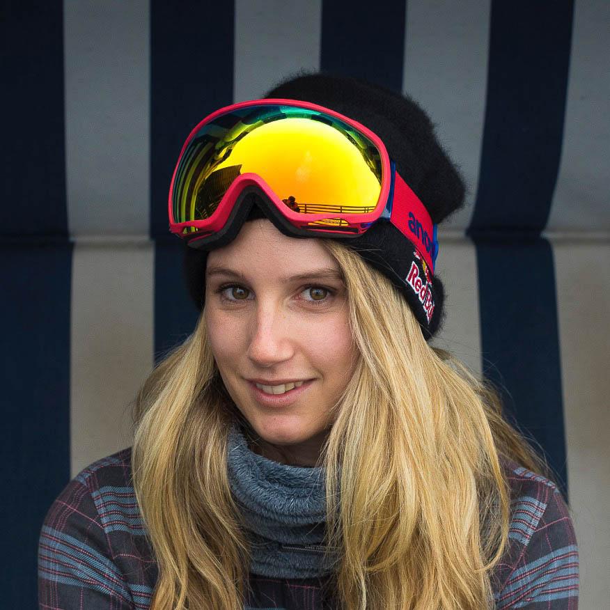 Anna Gasser, Snowboardprofi von Burton im STRONG Interview