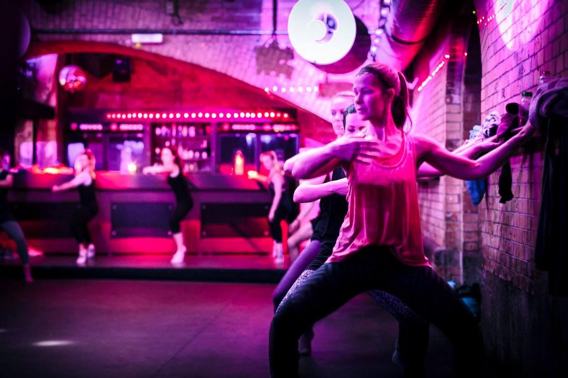 Techno Aerobic Köln, Fitnesskurse im Club. Das Barre Concept (Ballett Workout)