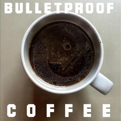 """Der perfekte """"Snack"""" für eine Ketogene Diät_ Bulletproof Coffee"""