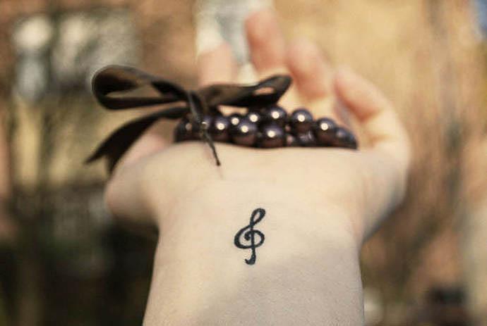 Notenschlüssel als Tattoovorlage