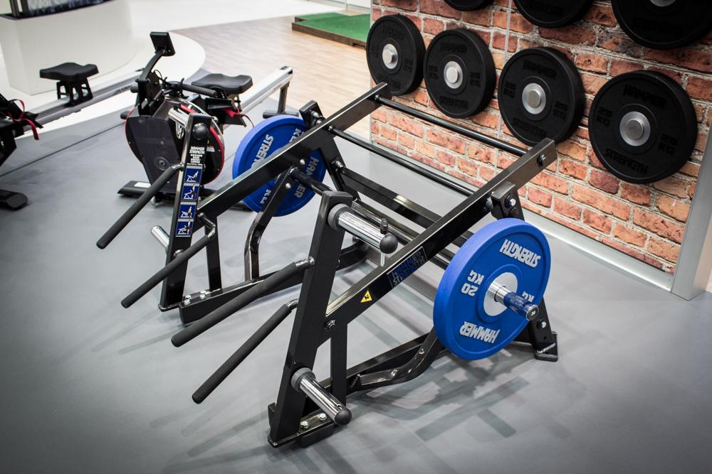 Die beste Maschine für den Hintern und die Beine von Hammer Strength