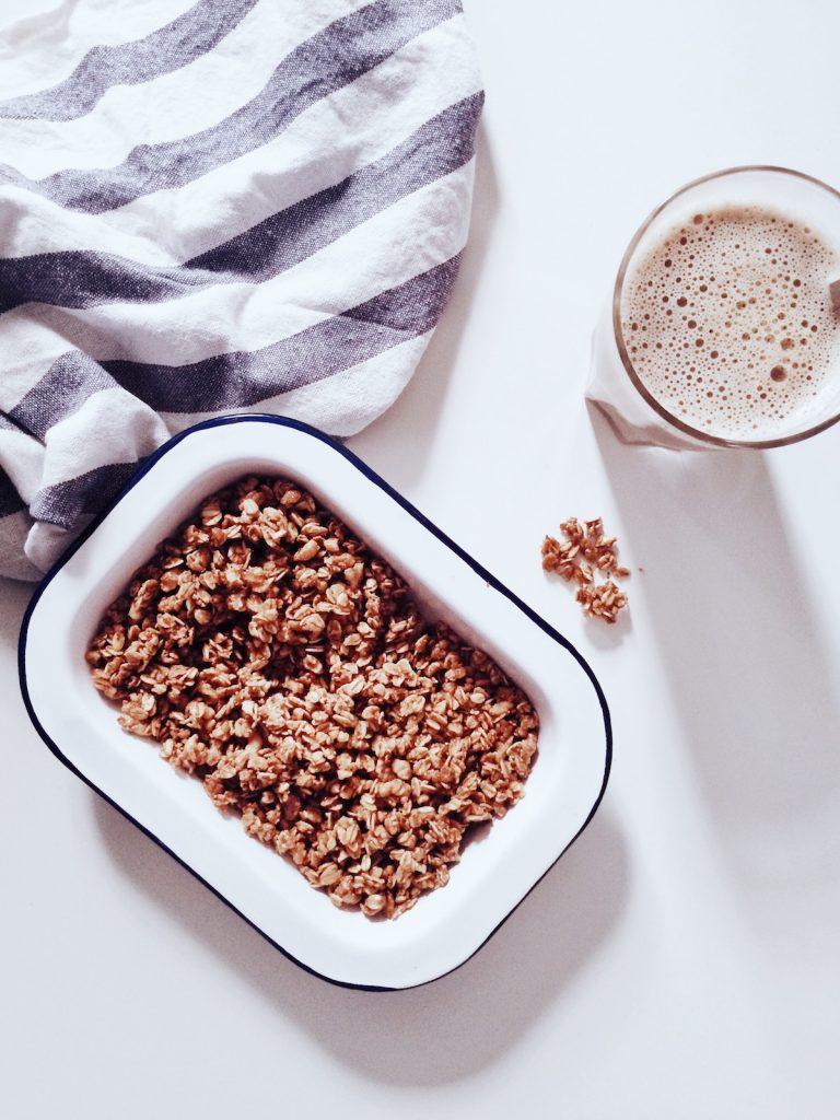 Granola ohne Zucker selber machen - die Anleitung