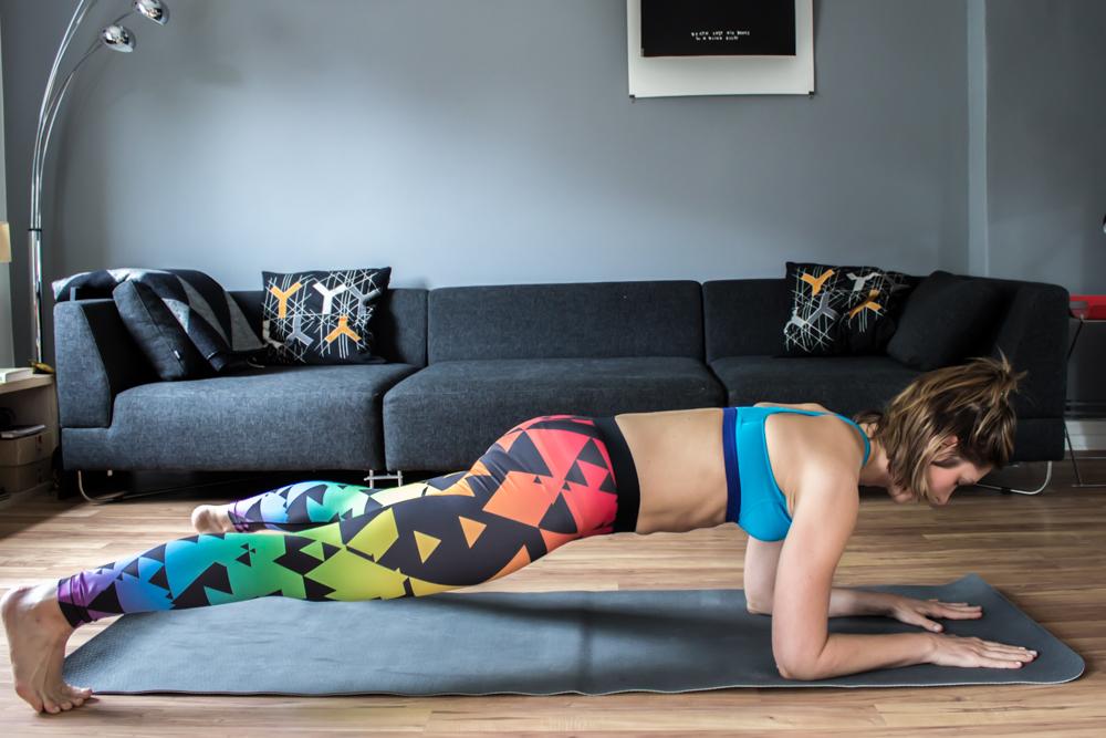Bauchmuskeltraining: Plan Jacks - die Plank Variantion für die seitliche Bauchmuskulatur