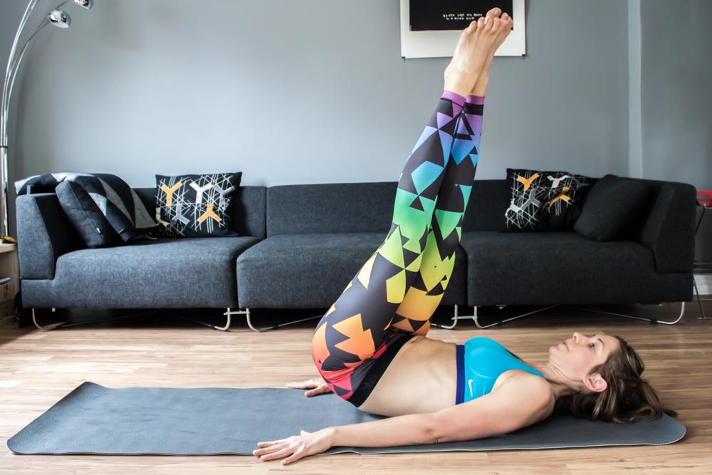 Die Schraube - super Übung für den seitlichen Bauch