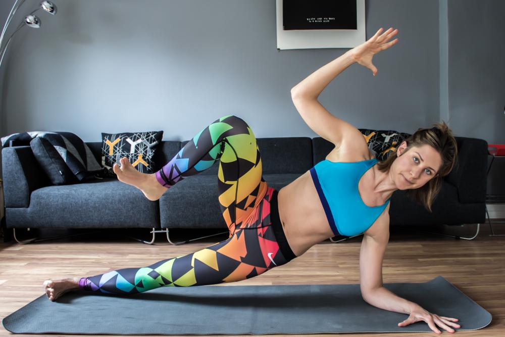 Side Plank Crunches - für die seitliche Bauchmuskulatur