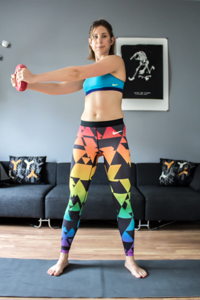 Oberkörper Rotation für eine schöne, schlanke Taille