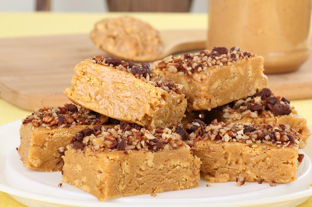 Erdnussbutter Proteinriegel Rezept zum selber machen
