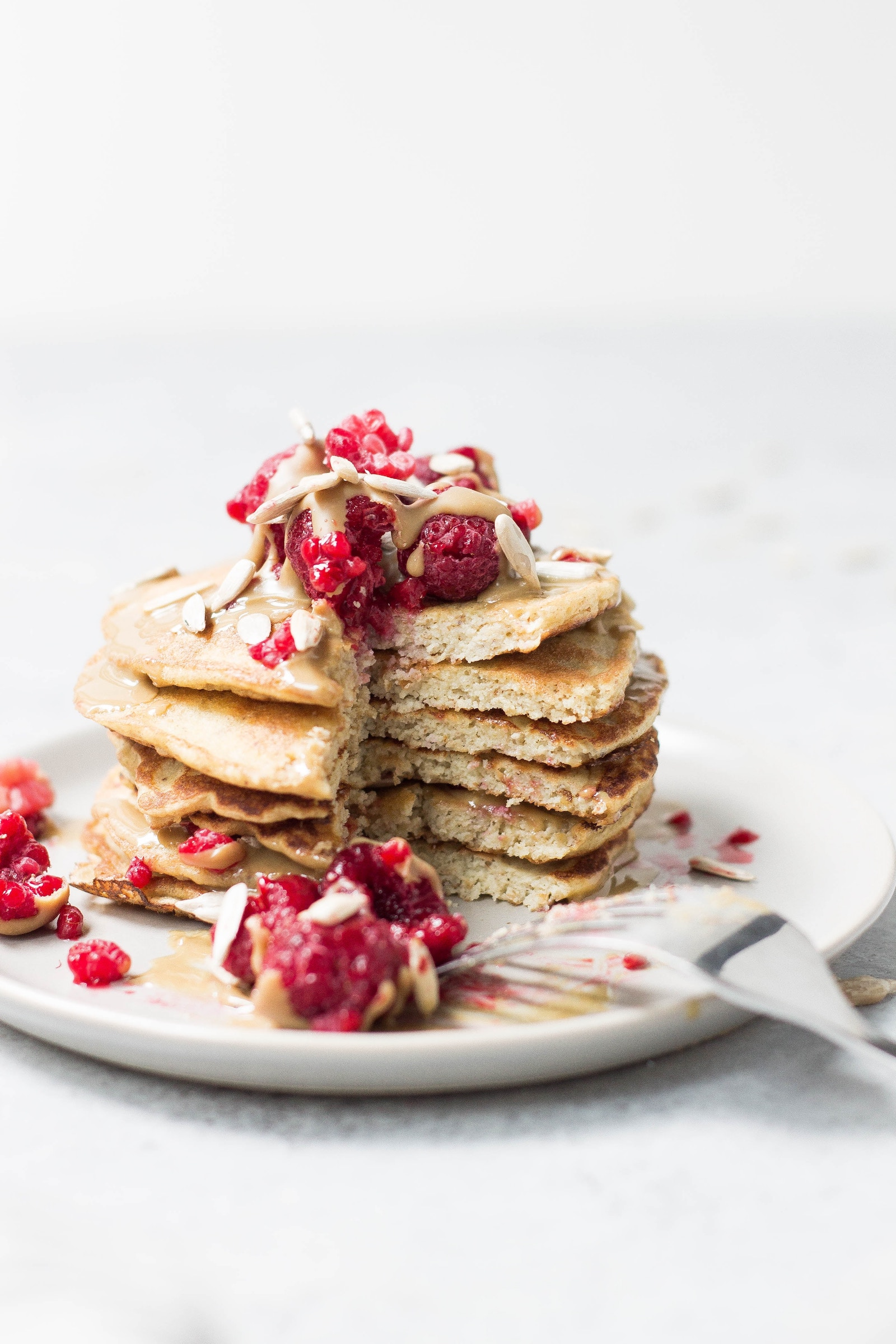 Peanut Butter Protein Pancakes Rezept - Photo by Alison Marras on Unsplash