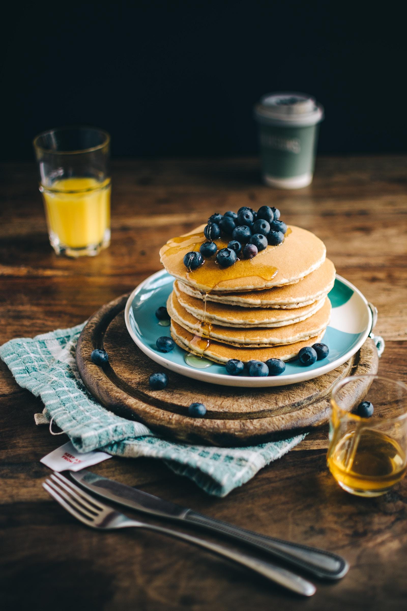 Protein Pancakes mit Blaubeeren