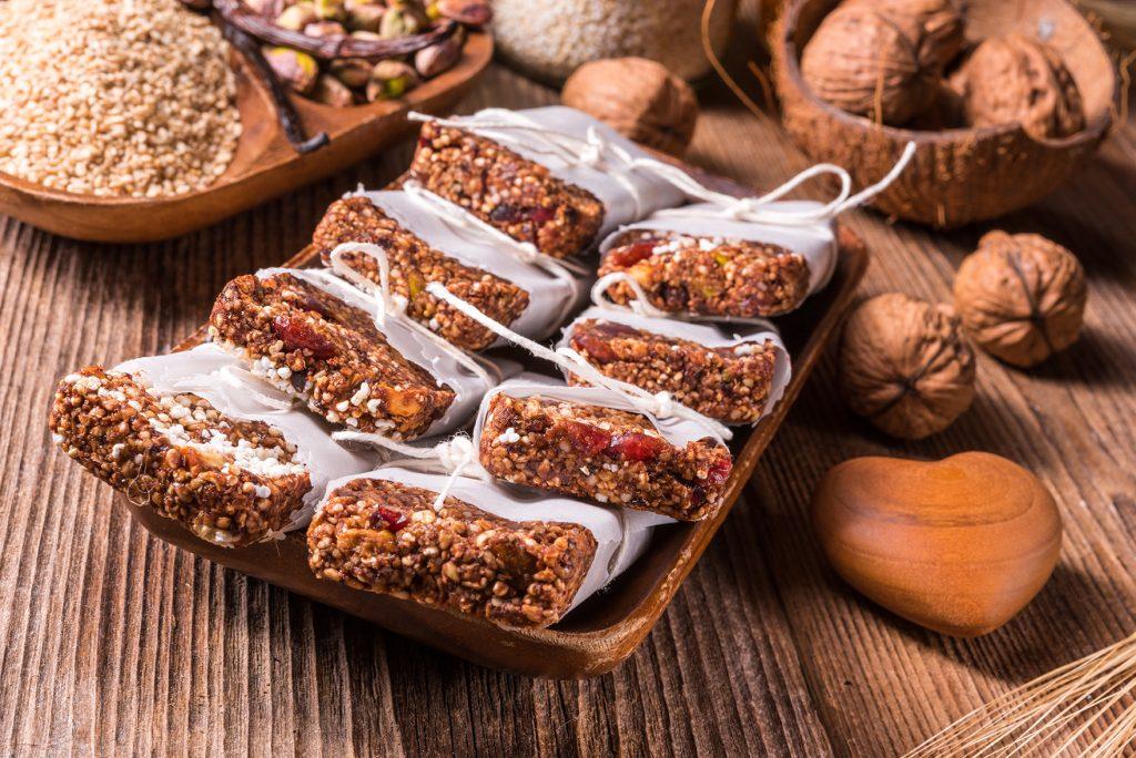 Raw Superfood Energy Bars Rezept zum selber machen