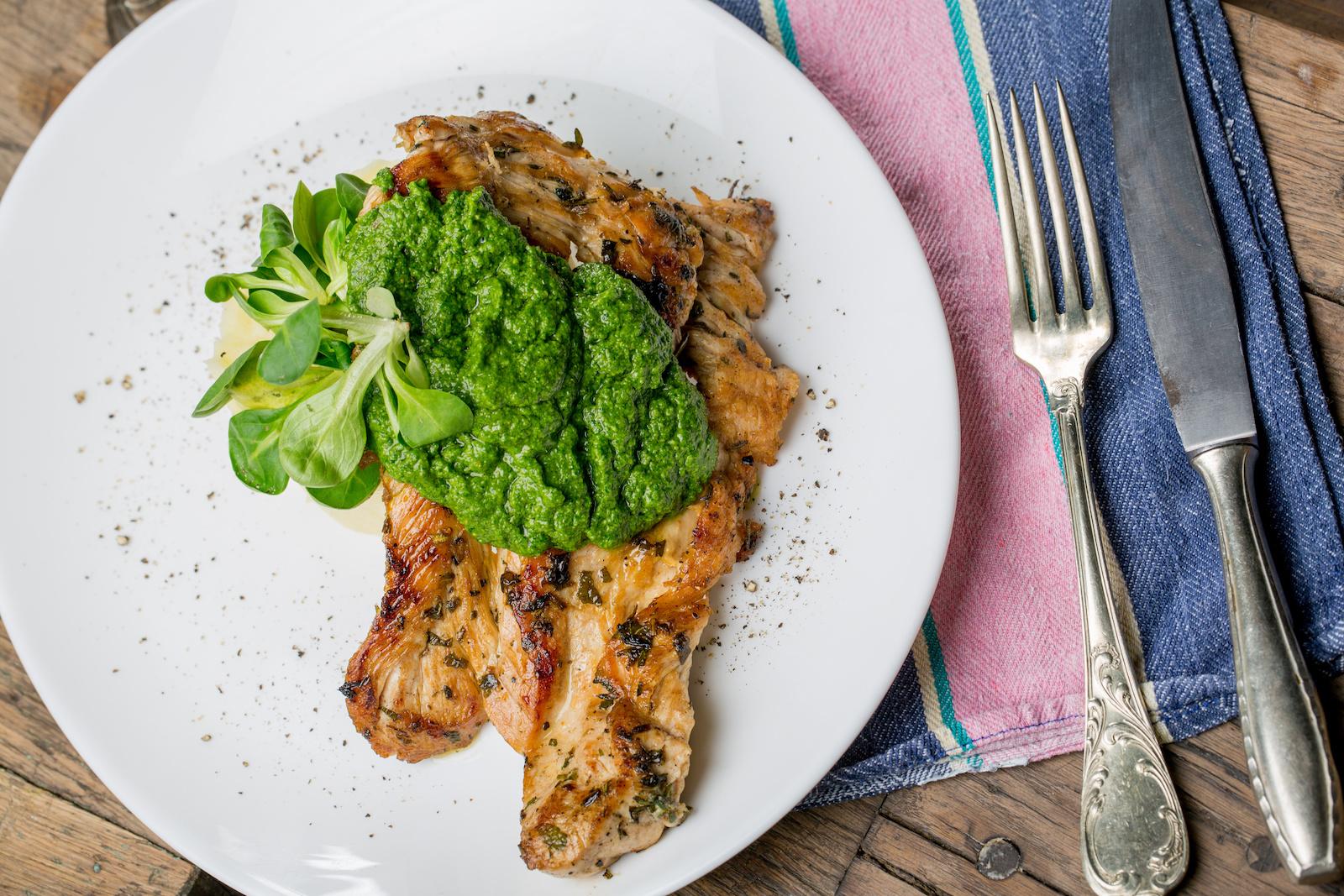 Keto Lunch: Pesto Chicken gegrillt Rezept