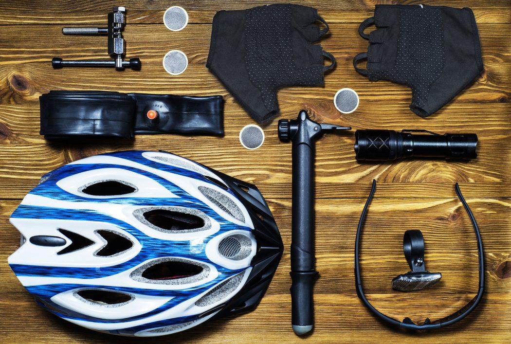 Geschenke für Rennradfahrer - Geschenkideen für Biker 2016 Tools and accessories set for cycling
