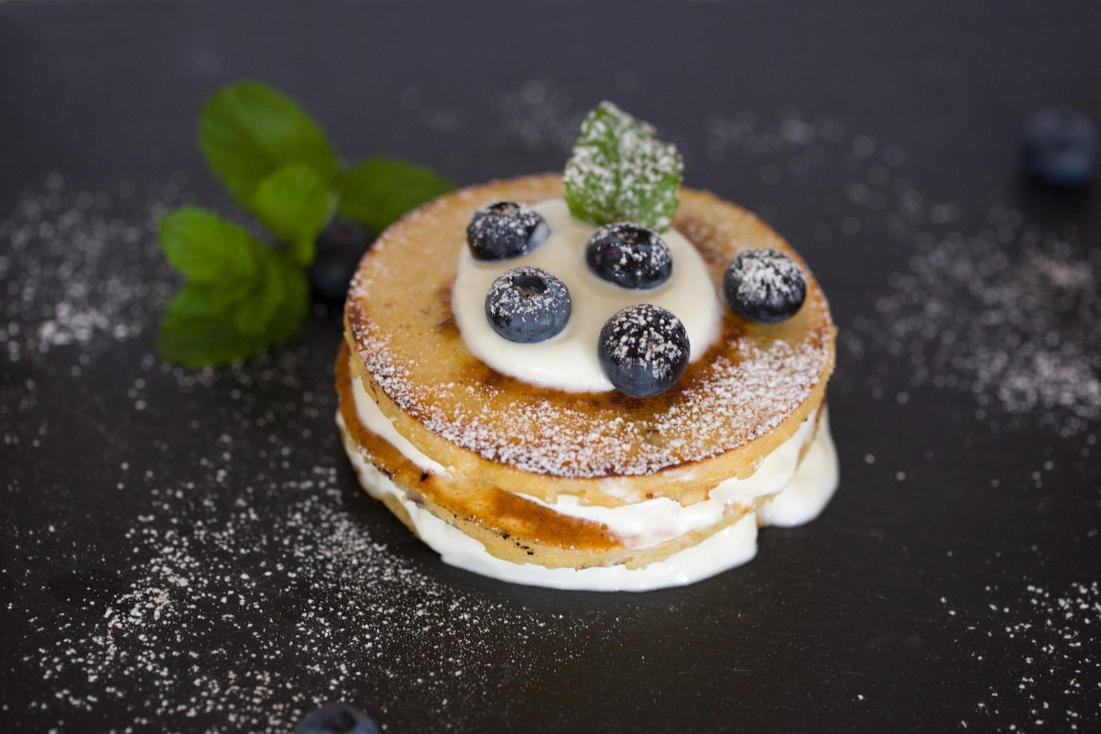 Rezept für vegane Protein Pancakes mit Apfelmus