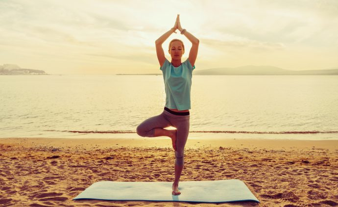 Yoga Übungen die das Krafttraining unterstützen
