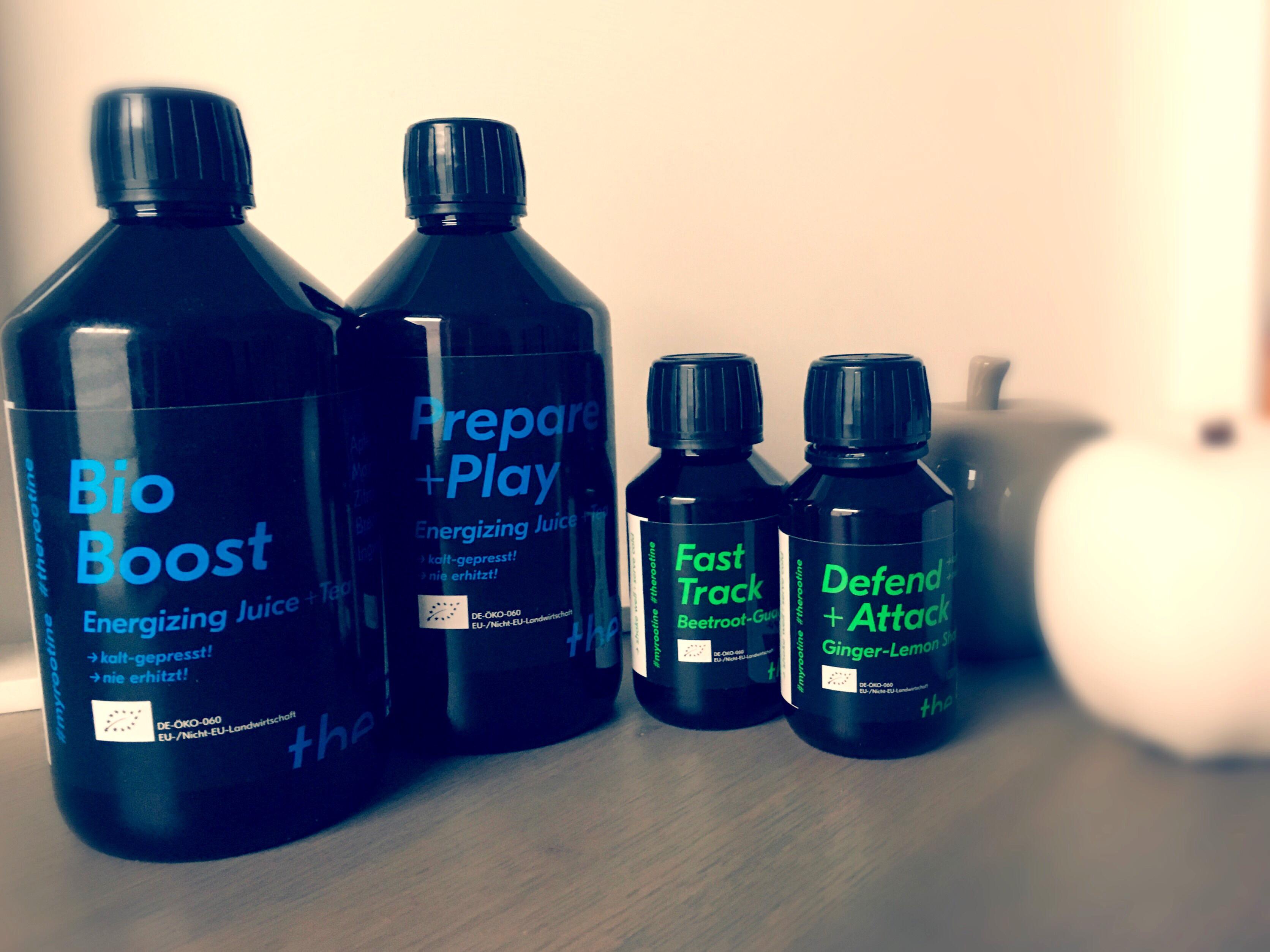 Juice Tea: Bio Boost und Prepare+Play; Shot: Defend+Attack und Fast Track von the Rootine