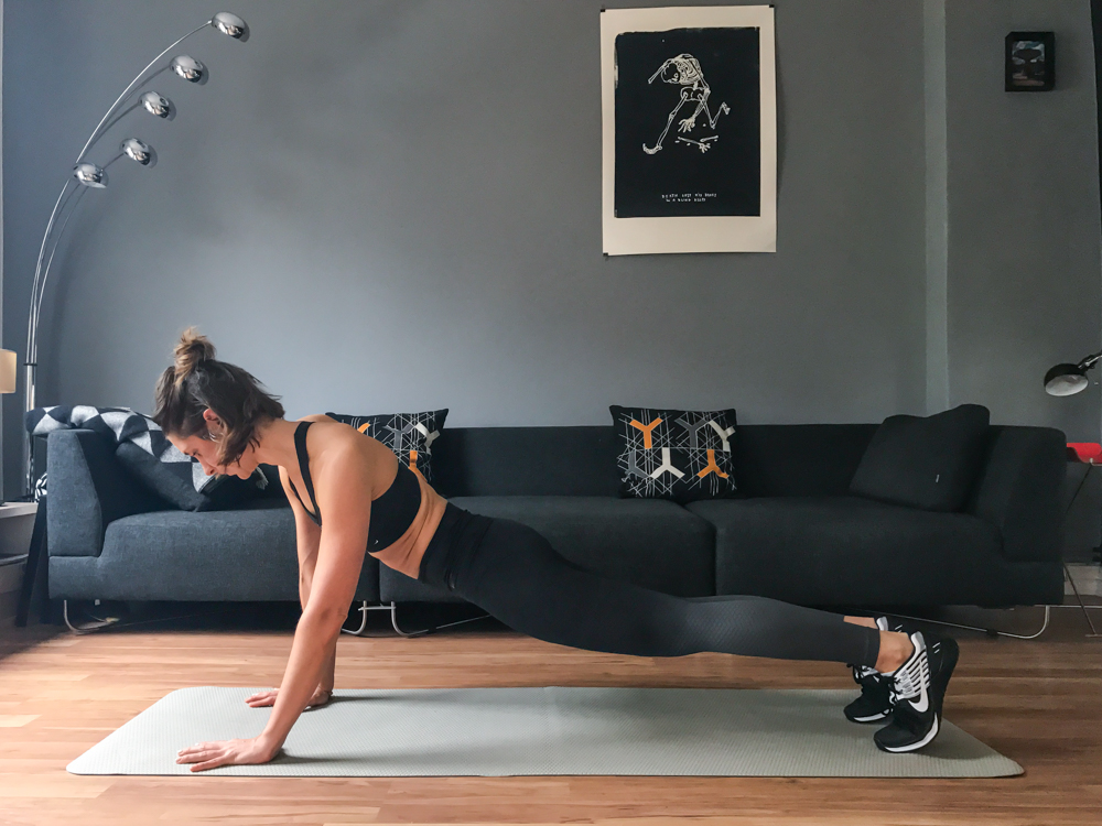 Plank Variation für die seitliche Bauchmuskulatur - 12 Varianten des Unterarmstütz
