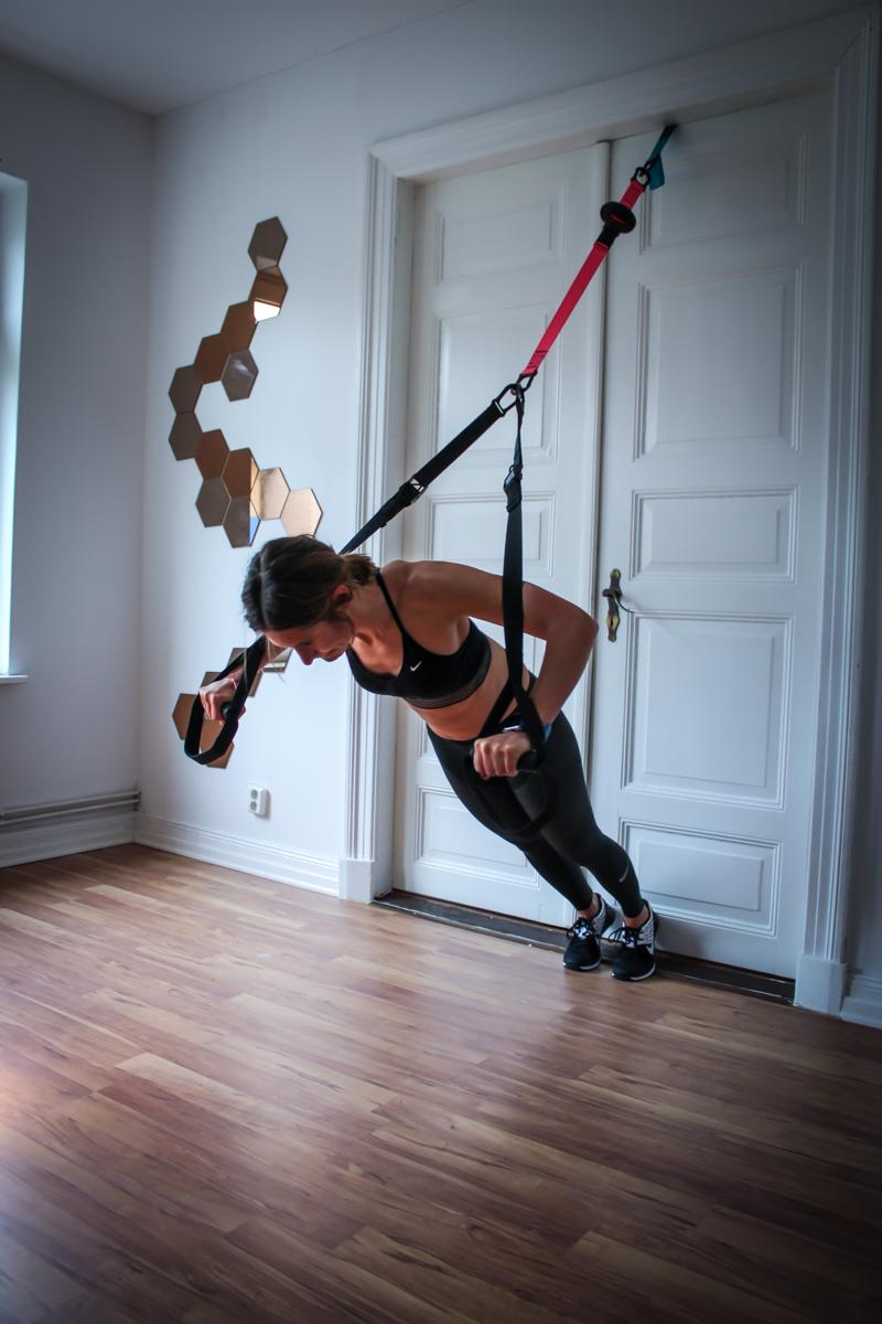 Einarminger Crucifix Fly im Sling Trainer