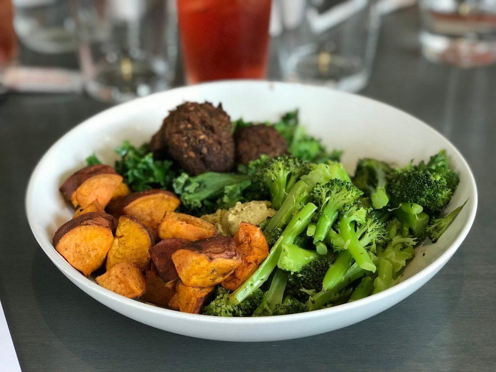 Süßkartoffeln und Brokkoli Meal Prep