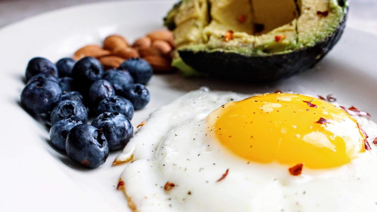 Auswirkungen Keto Diät - was passiert im Körper, wenn ich mehr Fett esse?