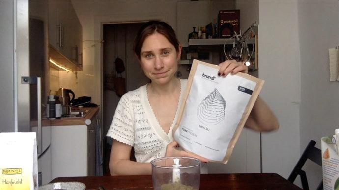 Brandl Proteinpulver - das individeulle Eiweisspulver für Frauen mit Superfoods und gegen Blähbauch