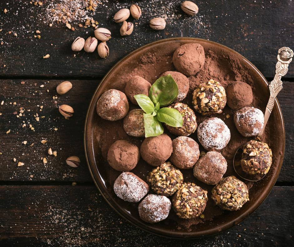 Ketogene Süßigkeiten Keto Süsses kaufen selber machen Rezepte für Keto Snacks