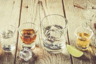 Keto Alkohol - die Liste mit alkoholischen Getränken, die sich für die ketogene Ernährung eignen